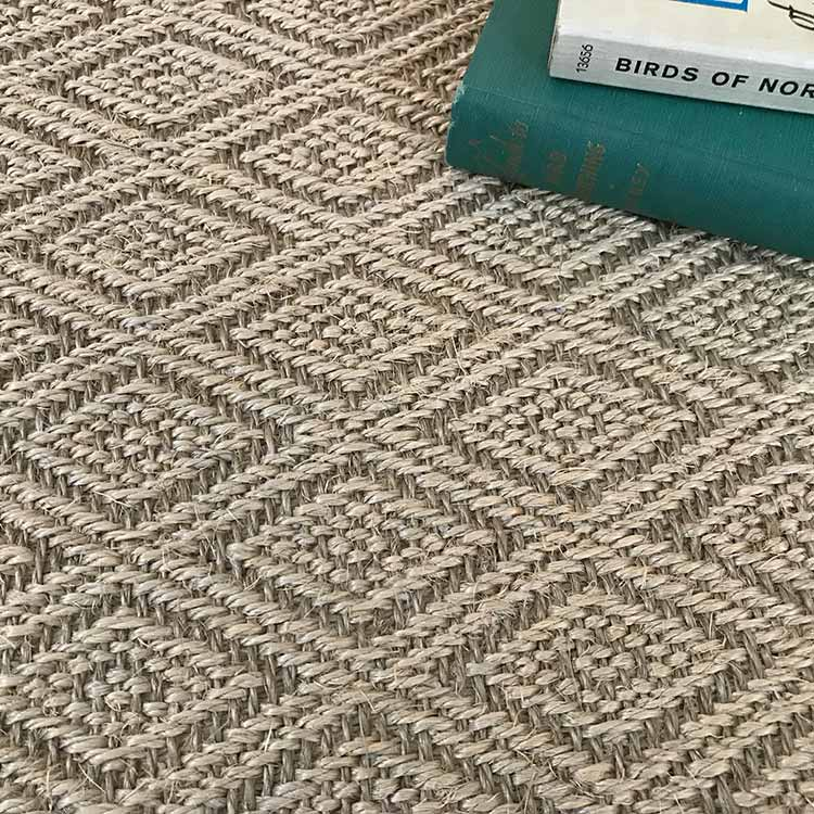 zoom: the diamond pattern of salt spring never gets boring (in color tan)